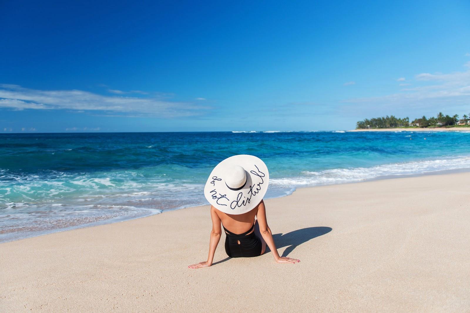 sun hat at beach